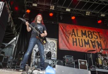 Almøst Human - Photo By Dänu