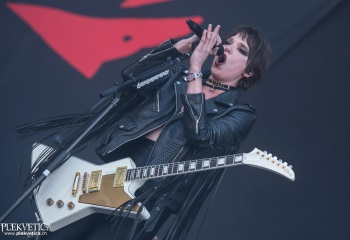 Halestorm - Photo by Marc