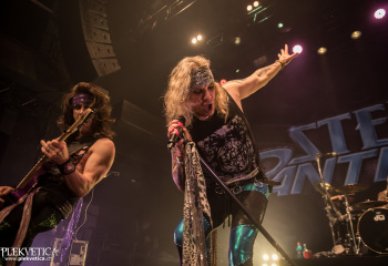 Steel Panther - Photo By Marc