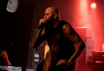 Suffocation - Photo by Nati